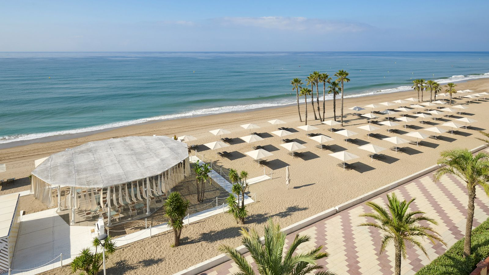 The Beach Club at Le Méridien Ra Beach Hotel & Spa